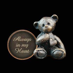 Adorable bronze bear sculptures from Richard Cooper